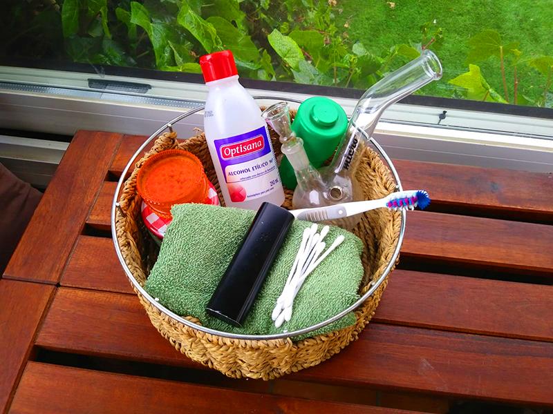 clean-cannabis-accesories